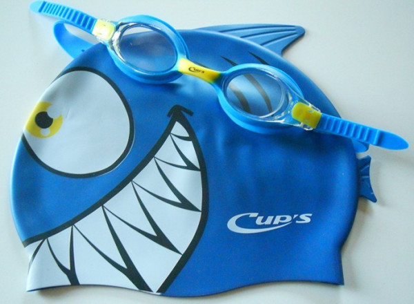 Cups-Meteor-Character-Kinder-Schwimmset
